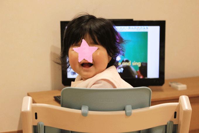 ディズニー英語システムのDVDシングアロングを観た赤ちゃんの反応