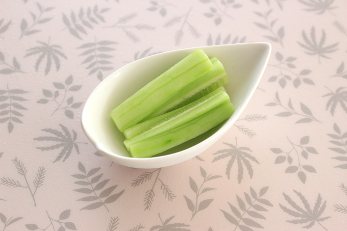 手づかみ食べ用の野菜スティック