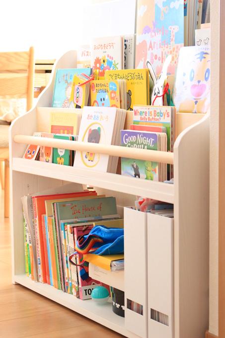 我が家の絵本棚