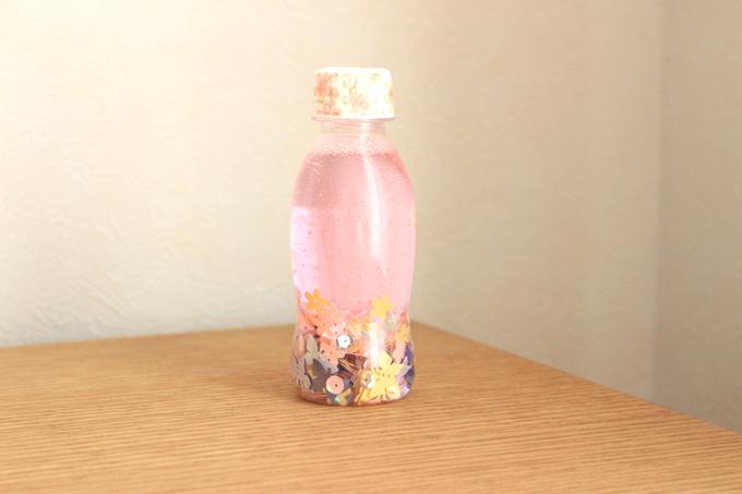 材料によっては、水に色素が出てしまうことがある