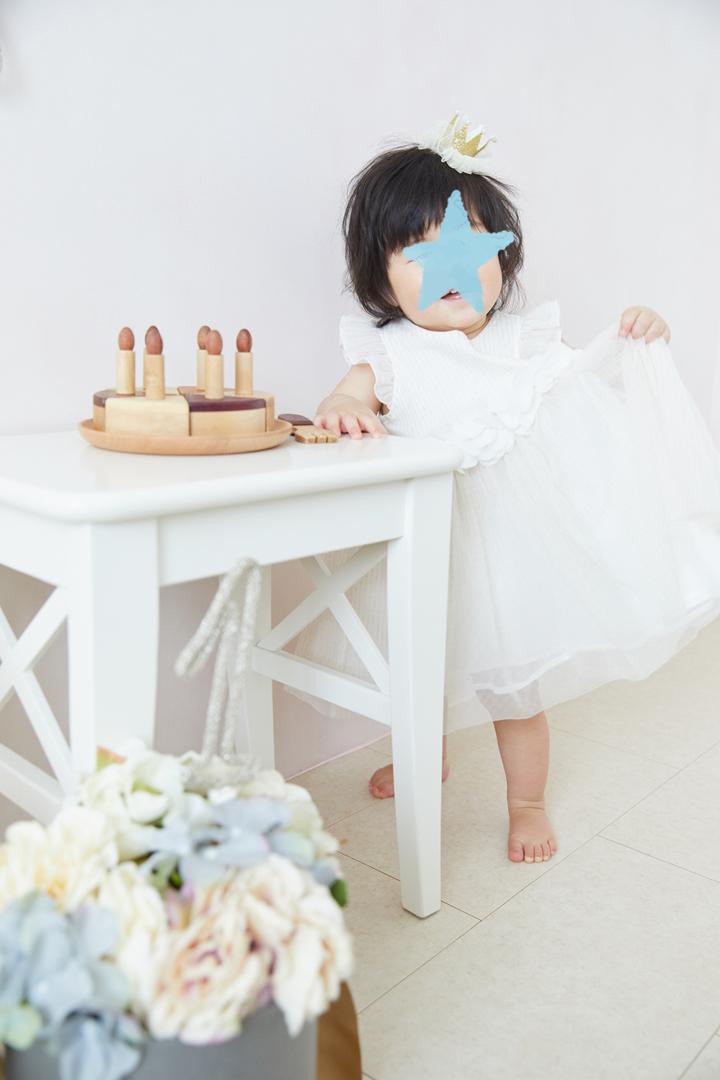 たまひよの写真スタジオでプロが撮ったドレスの娘(モダンカリグラフィー)