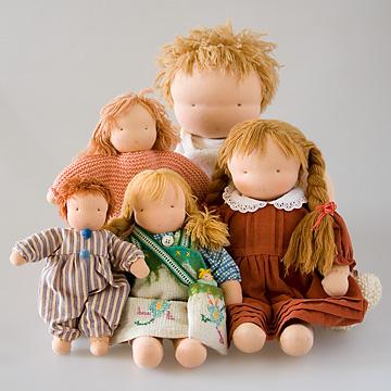 ウォルドルフ人形の大きさ(A体、B体、C体、D体)