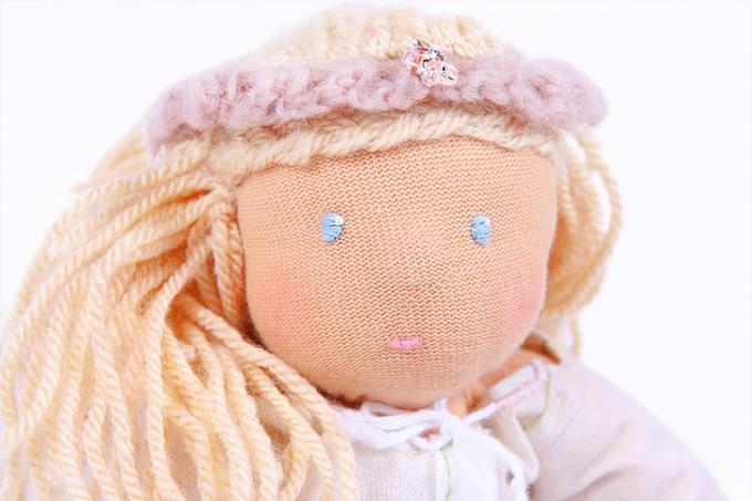 手作りウォルドルフ人形の表情
