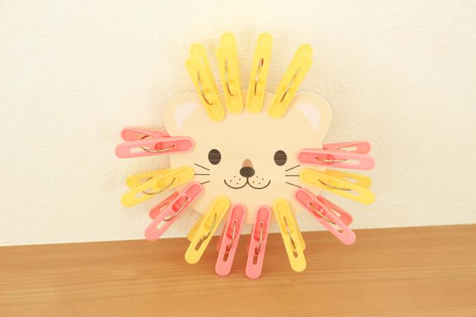 洗濯ばさみおもちゃのライオンの作り方