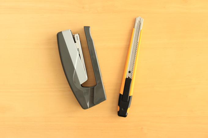 紙皿フリスビーに使う道具