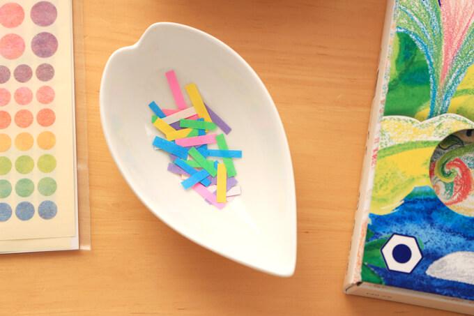 チョコスプレーに見立てた折り紙