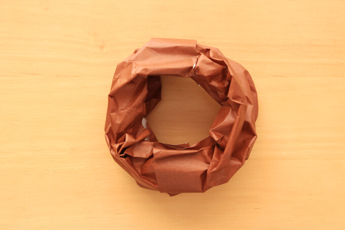 基本の折り紙プレーンドーナツのできあがり