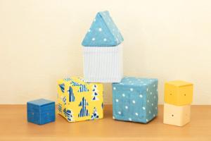 牛乳パックの積み木の作り方。四角と三角でまるでおうち!見立て遊びもはかどります