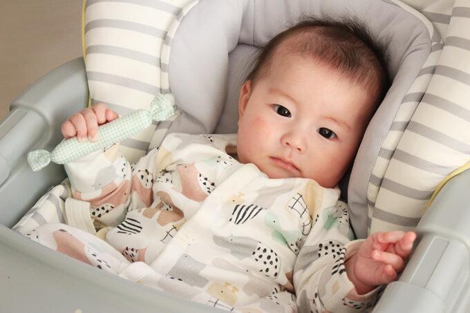赤ちゃん用にぎにぎ「キャンディスティック」が成長をうながすワケ