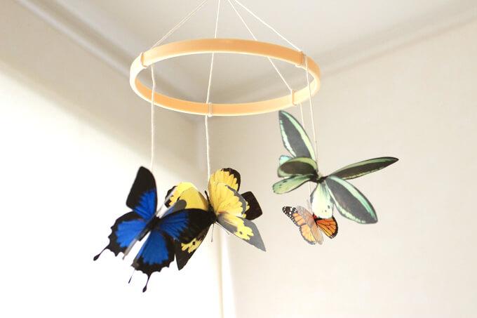 モンテッソーリ教育の自然のモビールの一つ蝶のモビール